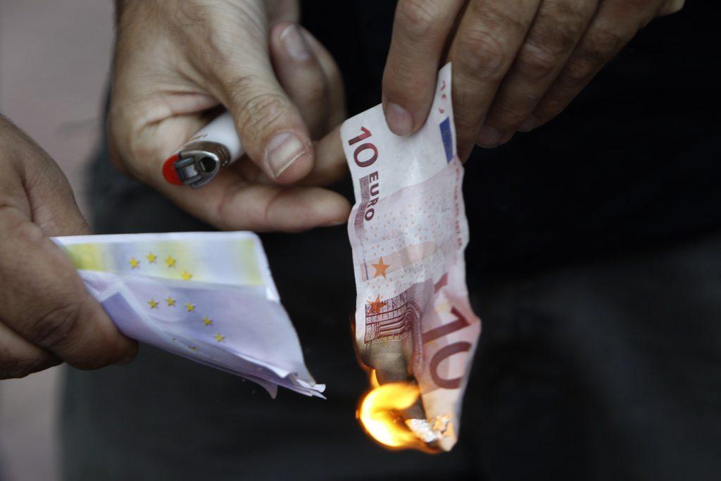 2011_09_Burning-Money.width-3500.jpg