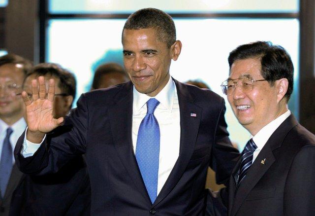 2011_11_obama-hu-g20.width-640.jpg