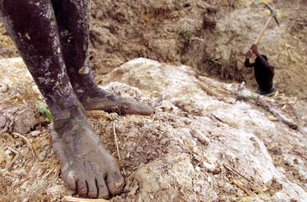2012_06_Mining-for-Peace-in-Sierra-Leone.width-440.png