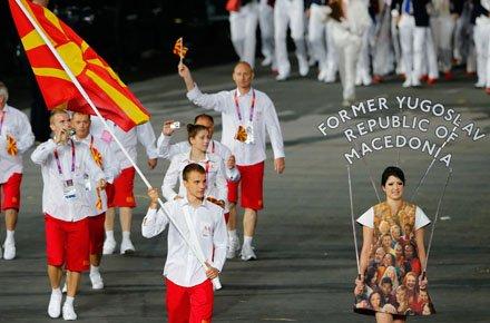 2012_08_The-FYROMers-on-parade.width-440.jpg