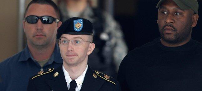 2013_08_Manning.width-646.jpg