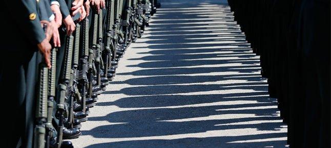 2013_10_On-Guard.width-646.jpg