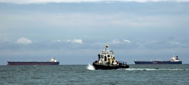 Oil-tankers.width-646.jpg